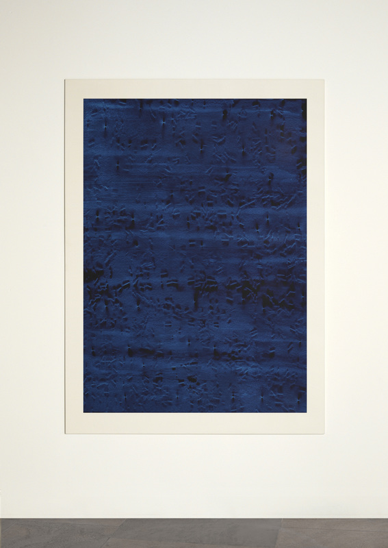 CONTINUOUS NOW – blue (II)  2012  100% cotton fibre with pigment dispersal mounted on aluminium  147 x 108 cm