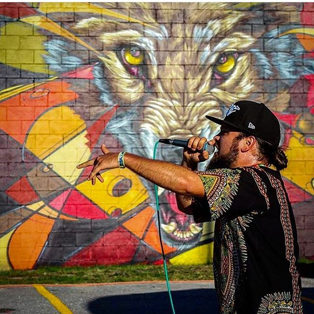 Great shot of @monke_k6a of @ashopcrew spittin some gold in front of @mrprvrt and my wall at @abovetheradarvt in Burlington a couple weeks ago ✨✨