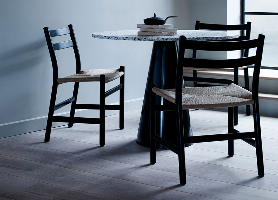 1a-p3333rivate-dining-table.jpg