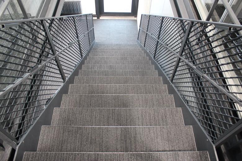 Stahltreppe und Brandabschlüsse
