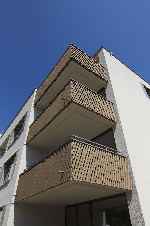 Holz-Metall-balkon-gelaender_4702 1.jpg