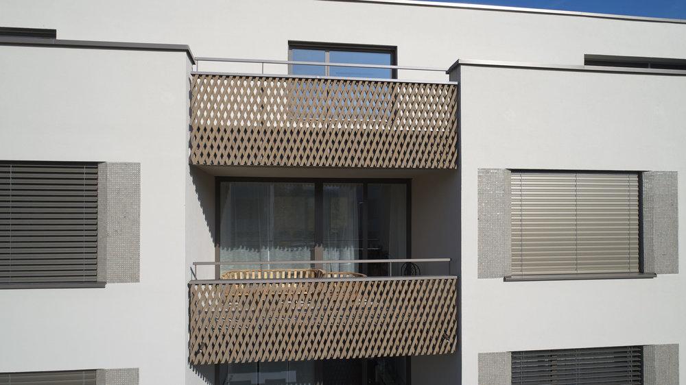 Holz-Metall-balkon-gelaender_0028 1.jpg