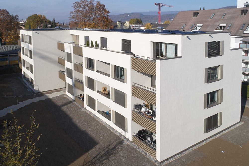 Holz-Metall-balkon-gelaender.jpg