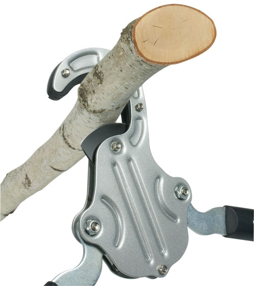 Powerful Double-Gear Drive cutting mechanism easily slices through the hardest branches. Hook shaped steel clad jaw holds branches firmly for cleaner, easier pruning cuts.