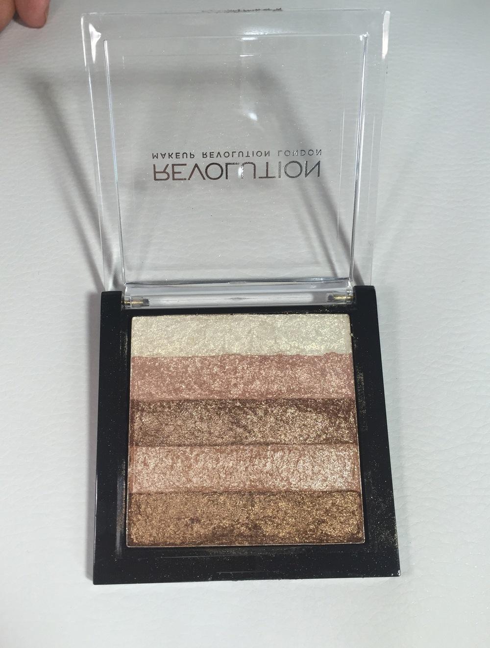 Makeup Revolution Shimmer Brick in Radiant