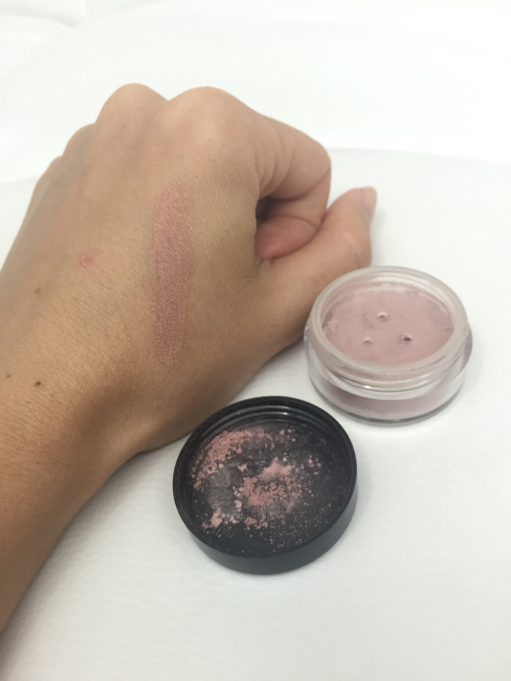 iQ Naturals Mineral Bronzer in Radiant Rose