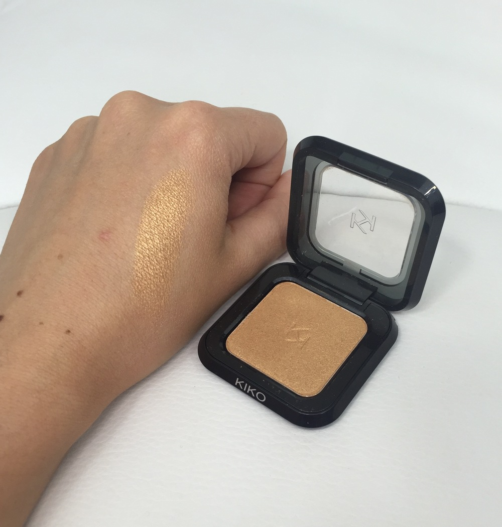 Kiko High Pigment Wet & Dry Eyeshadow in 91 metallic Deep Gold