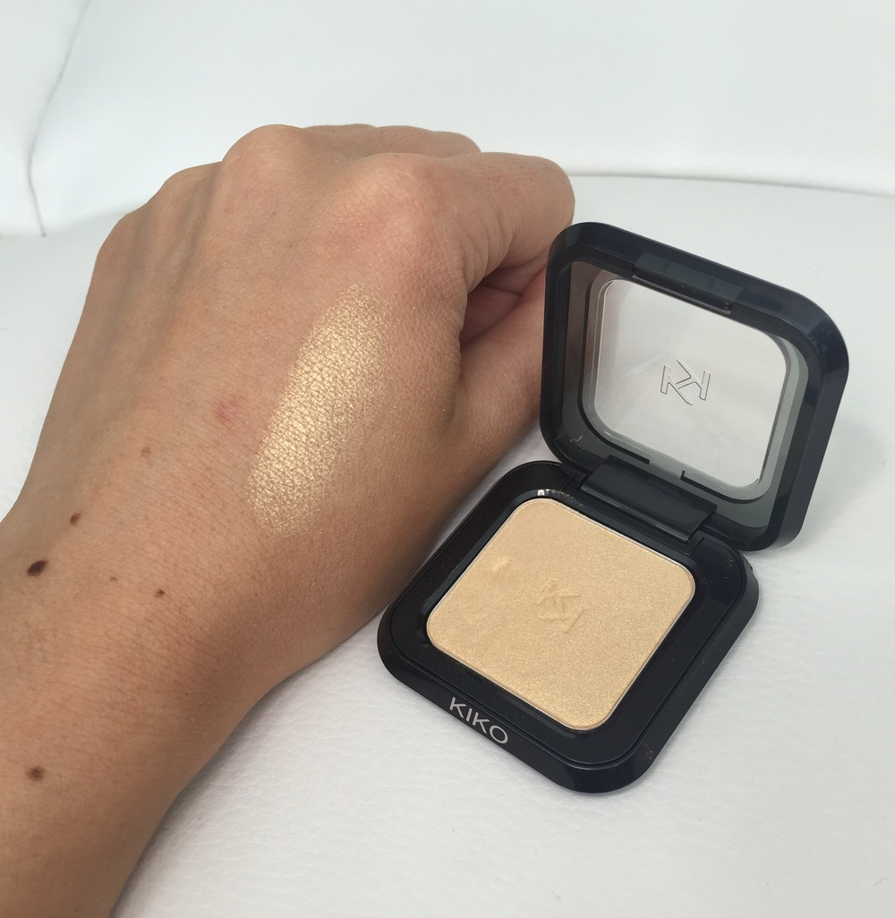 Kiko High Pigment Wet & Dry Eyeshadow in 17 Pearly Gold