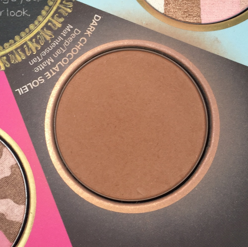 Too Faced The Little Black Book of Bronzers - Dark Chocolate Soleil