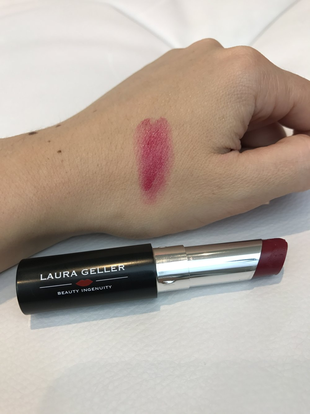 December Look Incredible Beauty Box - Laura Geller Creme Sheer Hydrating Lip Colour in Rich Pomegranate