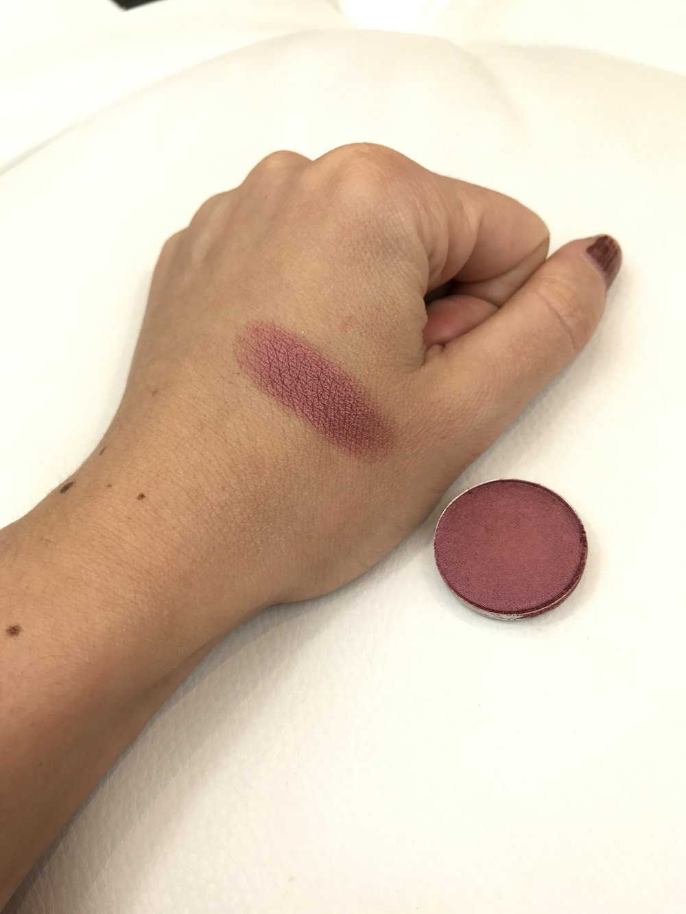 MAC Eyeshadows Cranberry Swatch