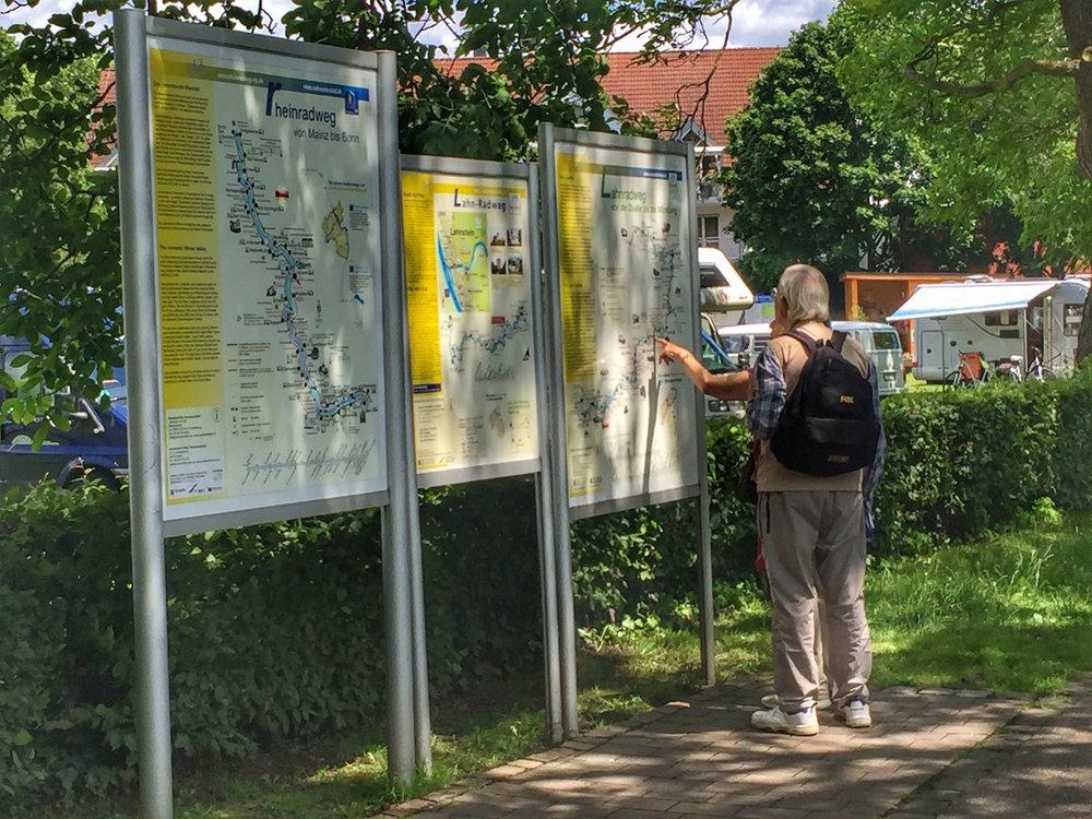 Rheinquartier_Wanderwege.jpg