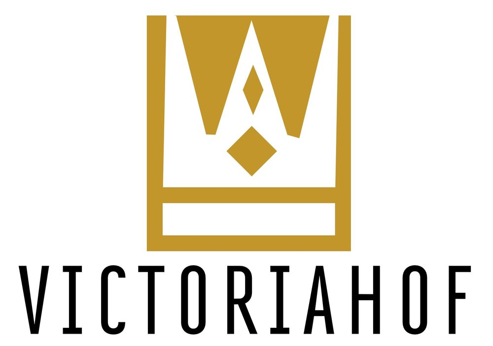 RQ Logo_Victoriahof.jpg