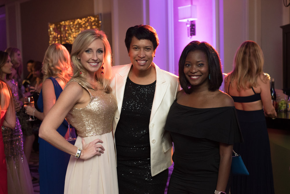 mayor muriel bowser knock out abuse dc ritz