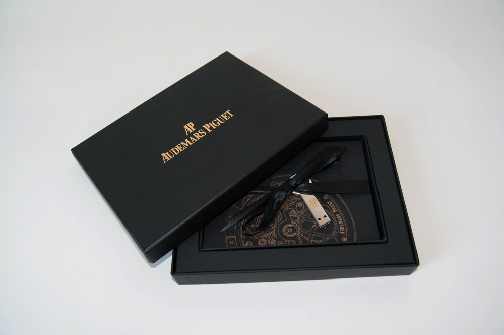 AP-Book-USB-Box001.jpg