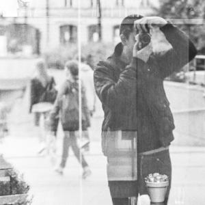 london-photographer-fashion-portraits-corporate-ecommerce-headshots-jc-candanedo-grey-pistachio-photography-blog-blogger-humanist-humanism-uk-creative-photo-01.jpg