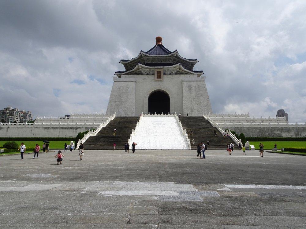 chiang kai-shek memorial, taipei, taiwan - m.quigley