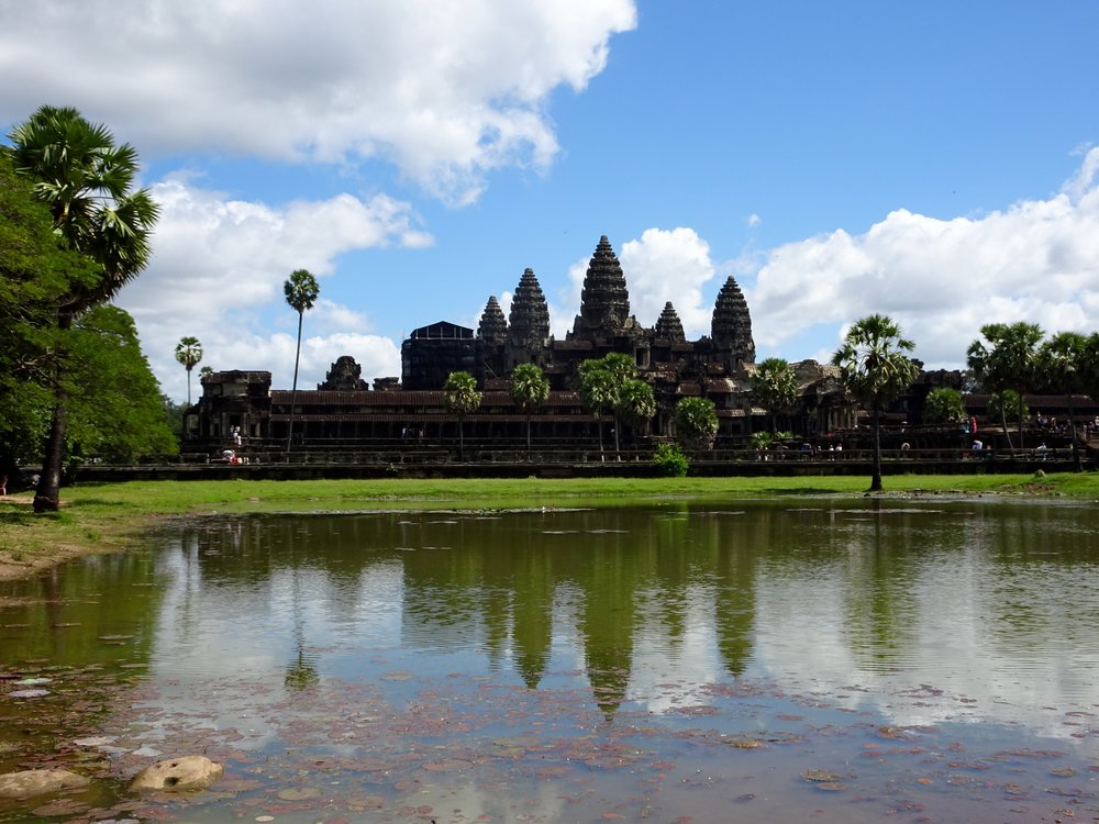 ANGKOR WAT,  ANGKOR WAT TEMPLE COMPLEX  , SIEM REAP, CAMBODIA - M.QUIGLEY