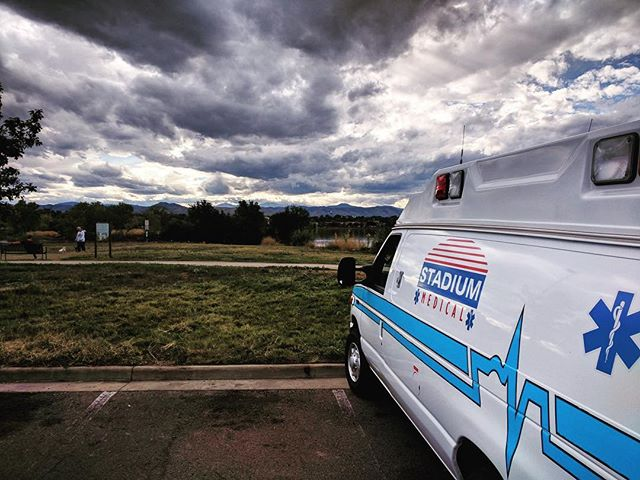 Posted up waiting on the next call. Thanks to #dapperDan for the picture! . . . . #postedup #vanbulance #beautifulcolorado #stadiummedical #bestplacetowork #eventmedical #emslife #paramedic #emt #specialevents