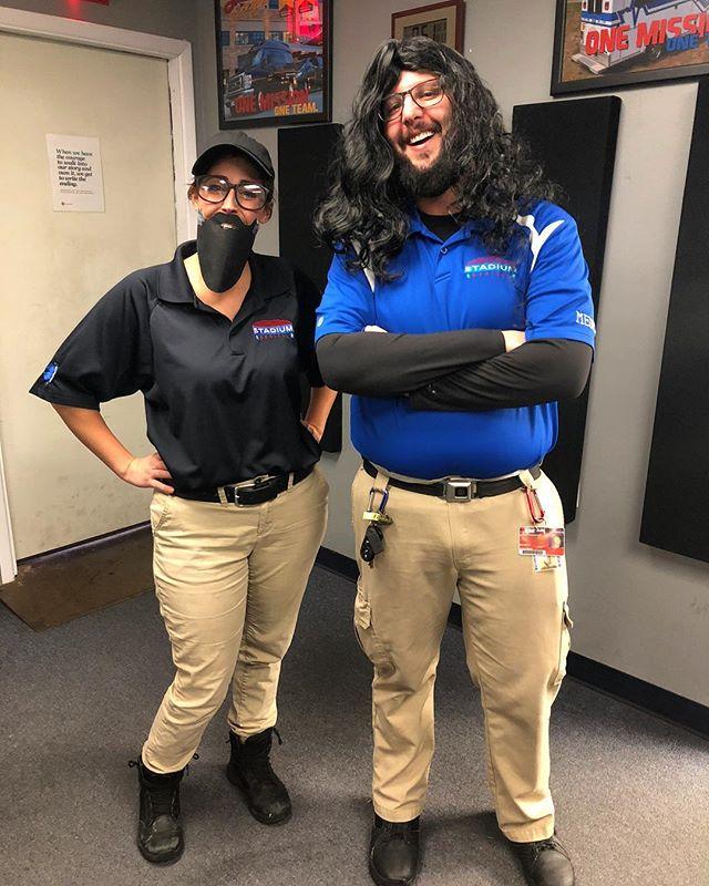 Trading places haha. . . . #Halloweenshenanigans #halloweencostume #funatwork #dapperdan #stadiummedical #bestplacetowork #eventmedical #emslife #paramedic #emt #specialevents