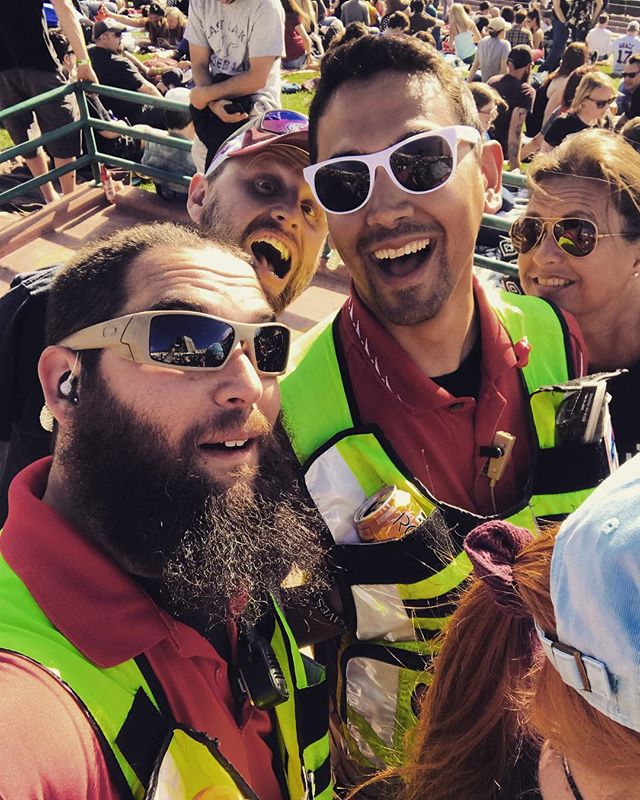 Don't know who they are but we as Stadium Medics love interacting with everyone that comes to a show! . . . #talk #loveyou #stadiummedical #bestplacetowork #eventmedical #emslife #paramedic #emt #specialevents
