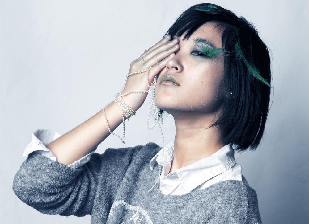 Makeup Design: Feathers