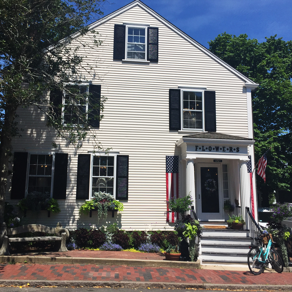AK's favorite flower shop in Nantucket: F.L.O.W.E.R.S