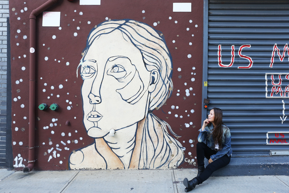AK-akemi-kakihara-street-art-williamsburg-brooklyn-girl.jpg