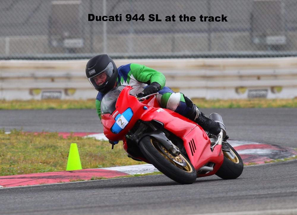 Ducati 900SSie at track ACS 20150424.jpg