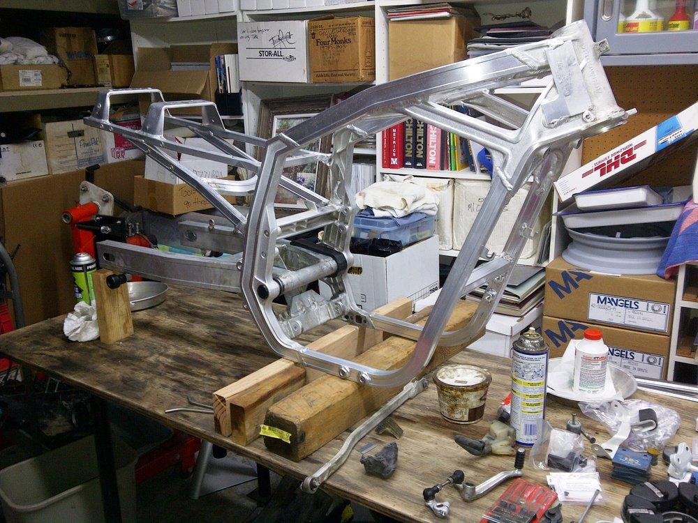 Suzuki GSX-R750 Bare Frame