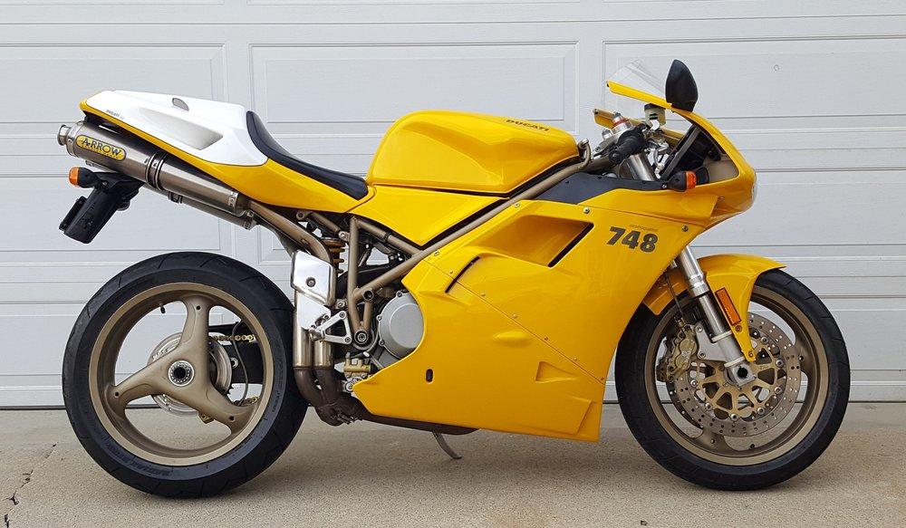 2000 Ducati 748-916 Restored2.jpg