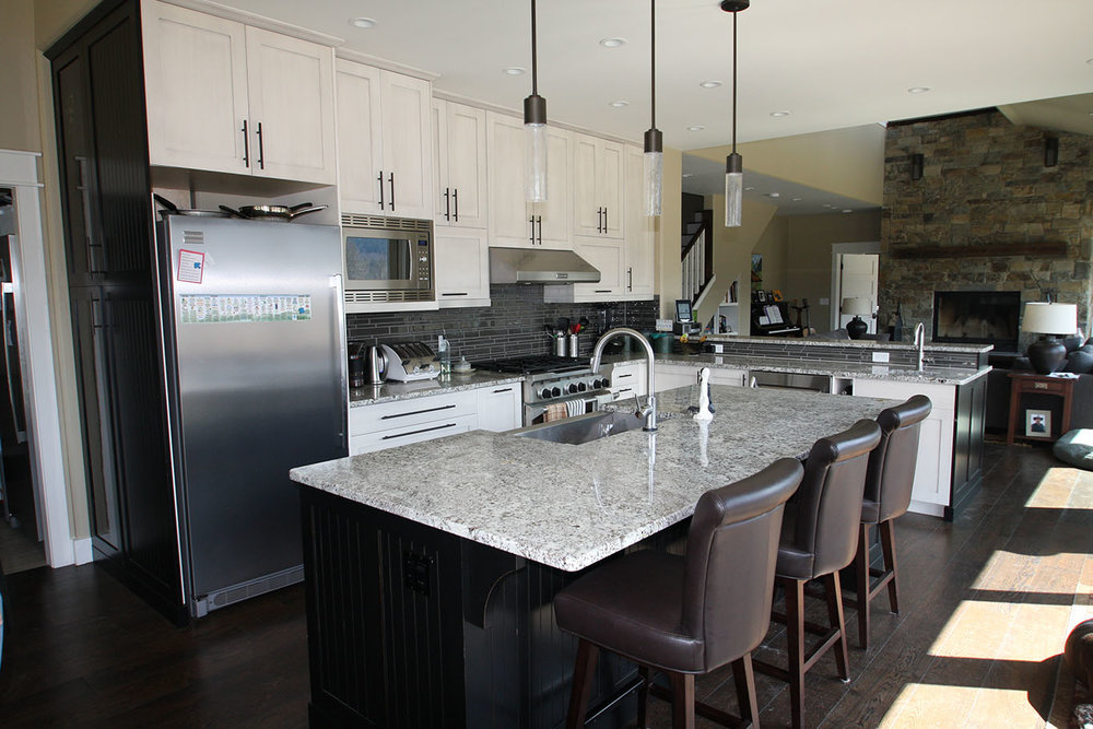 Kootenay Kitchen Trends (Single Level Islands)