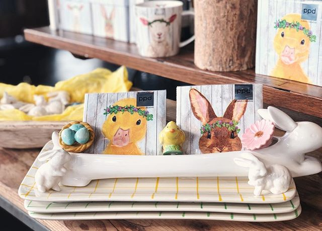 All that glitters arrives on Easter! #canvasmarket #canvas #easter