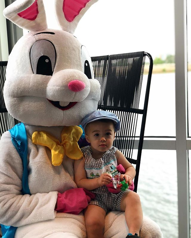 Look who is visiting Lake Nona! 🐰#Easterbrunch #bunny #canvasmarketgoods
