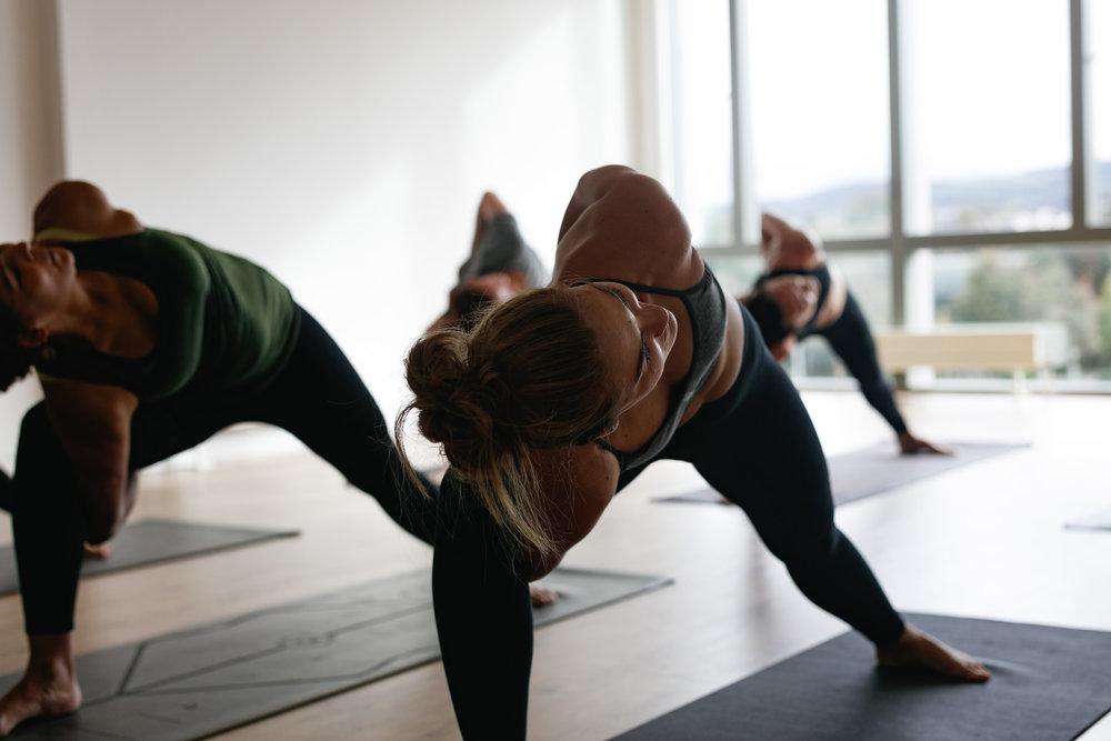 yago-yoga-dublin-0J4A1112.jpg
