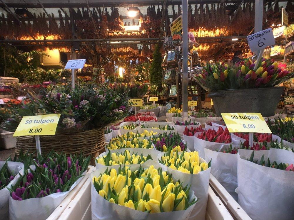 FlowerMarket2.jpg