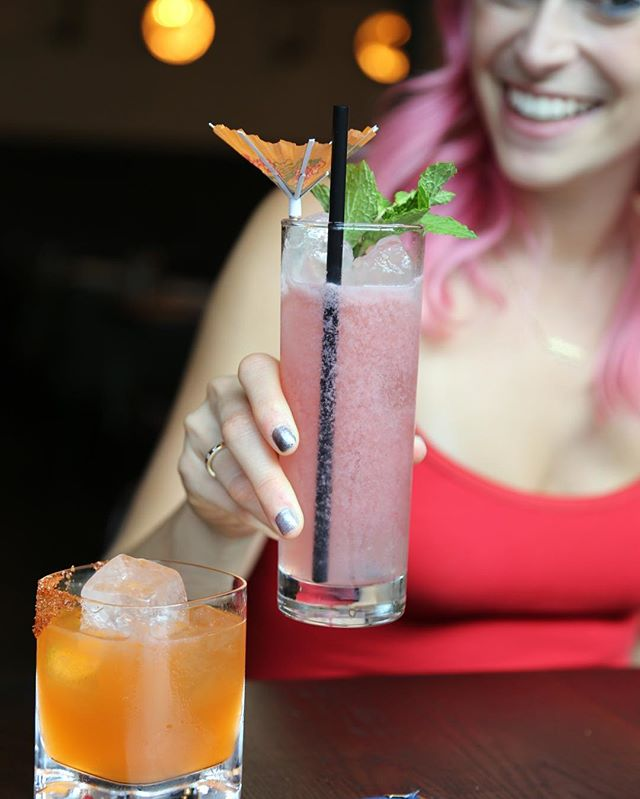 Does your cocktail match your hair? 😉  Thanks @thetravelcritic for capturing this moment at @barmercadoatl! 🍽. Wanna see more pink hair adventures in Atlanta? 🍑 Head to @malloryhopes 💁🏼. . #HopefullyPlated #atlantafood #atlantaeats #atlantastyle #foodbloggers #mixology #barrebabes
