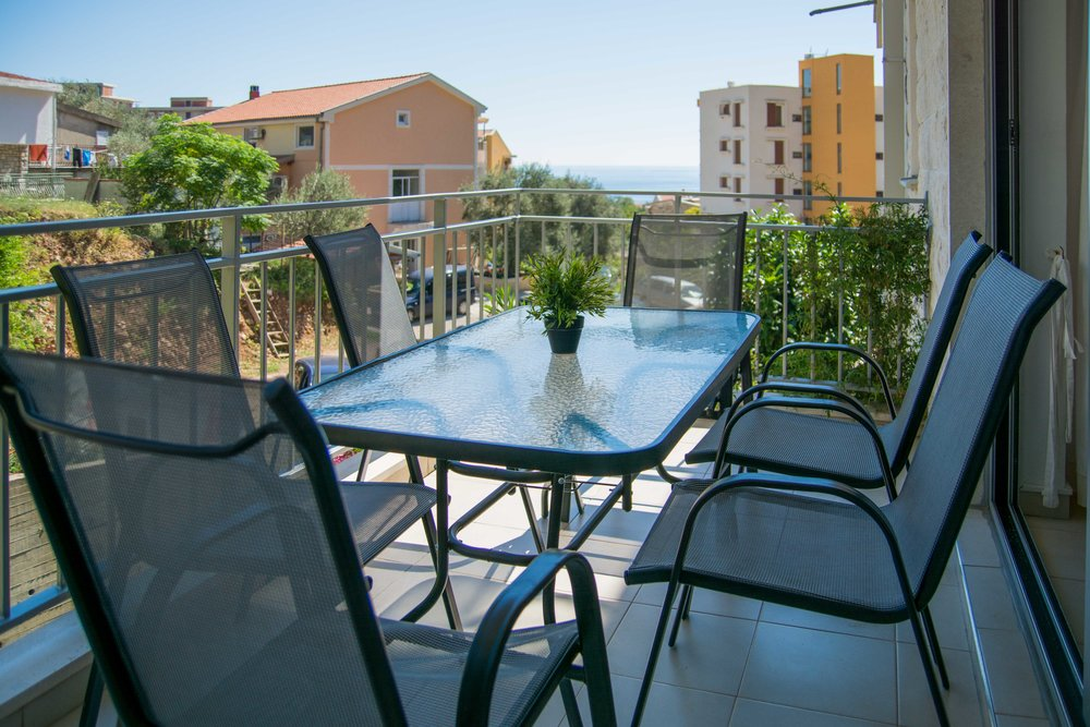 Apartment for sale in Petrovac