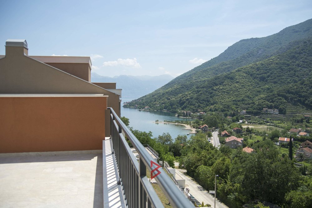 Penthouse for sale in Boka Bay