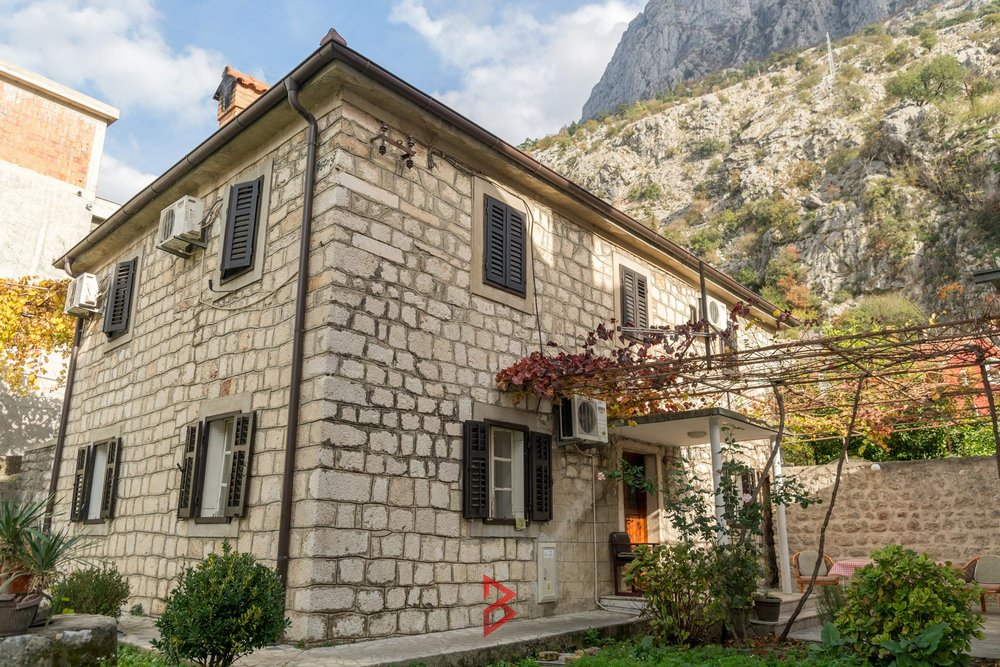 stone-house-for-sale-near-old-town-Kotor-property-in-Montenegro--(3).jpg