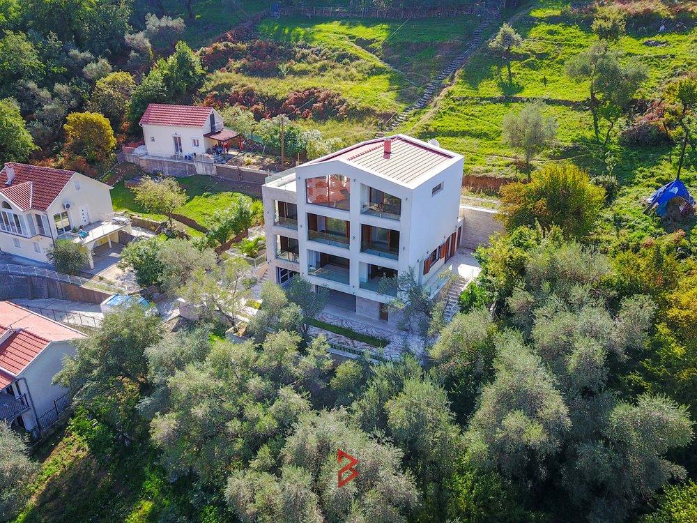 luxury-villa-for-sale-in-Boka-Bay-property-in-Montenegro-(1).jpg