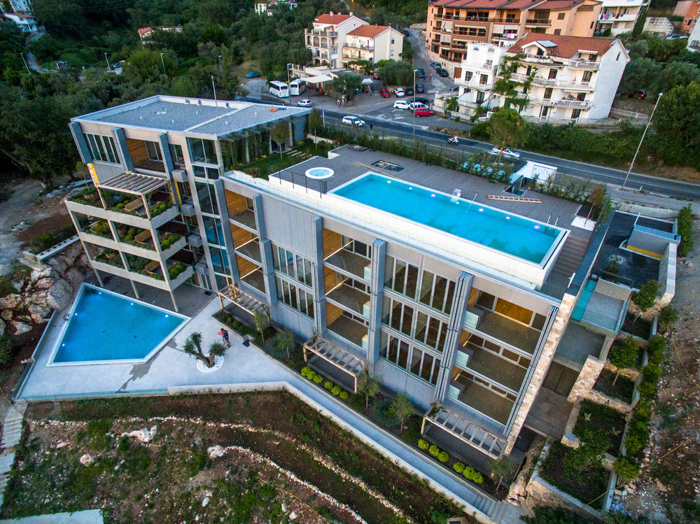 Apartments-with-swimming-poo-for-sale-in-Budva (47).jpg