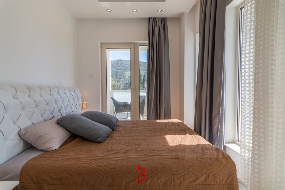 Luxury two bedroom apartment in Budva