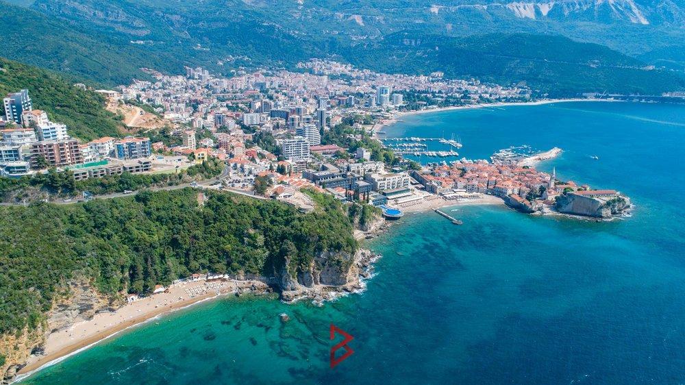 luxury-villa-for-rent-budva-montenegro (17).jpg