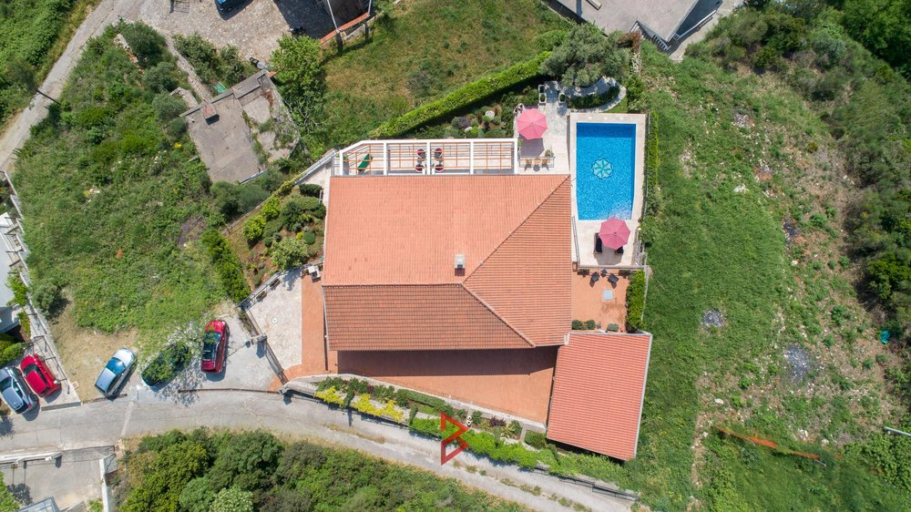 luxury-villa-for-rent-budva-montenegro (20).jpg
