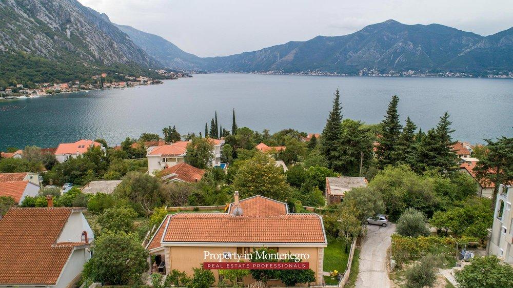 luxury-house-for-sale-in-Bay-of-Kotor (12).jpg