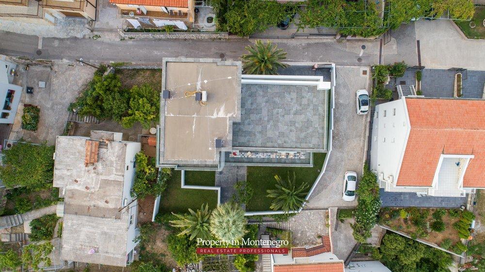 Luxury-villa-for-sale-in-Budva (12).jpg