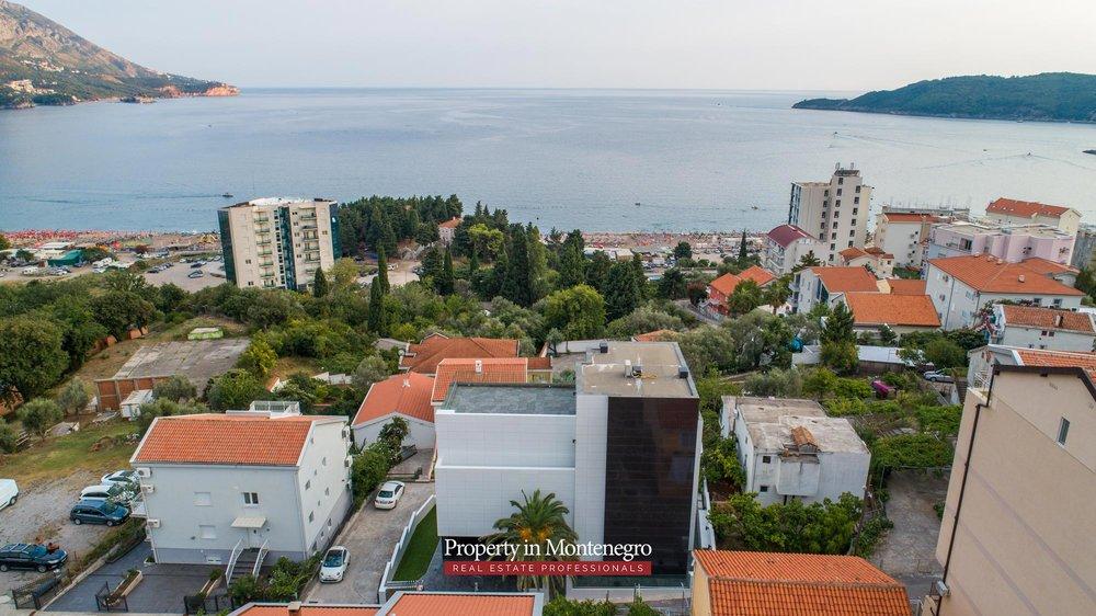 Luxury-villa-for-sale-in-Budva (13).jpg