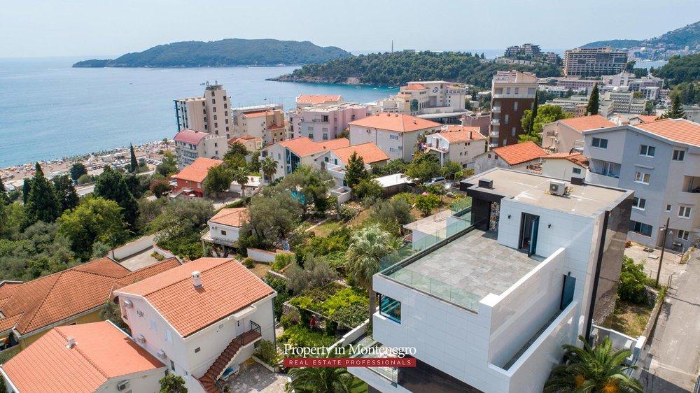 Luxury-villa-for-sale-in-Budva (15).jpg