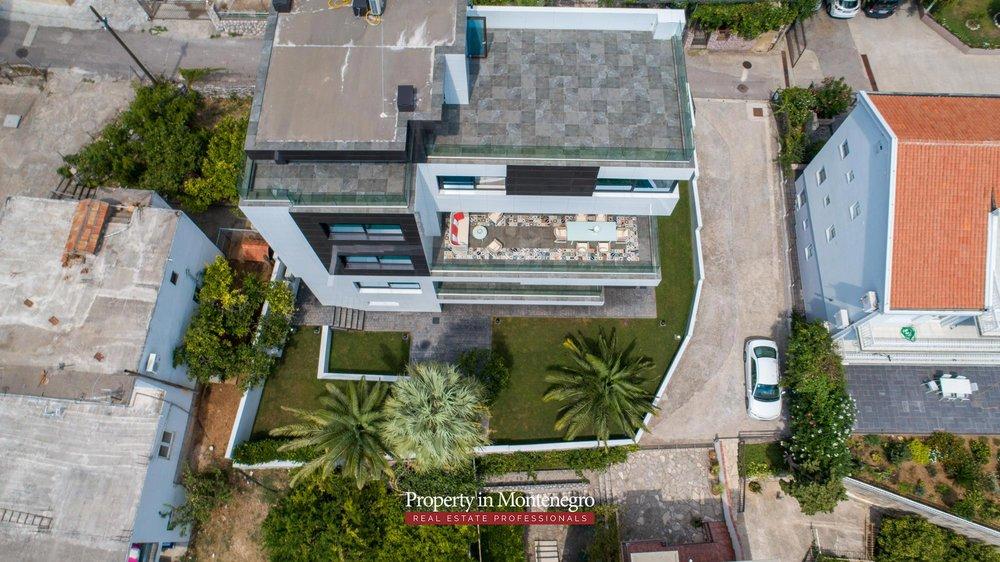 Luxury-villa-for-sale-in-Budva (19).jpg